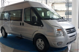 Ford Transit 2018 cao cấp