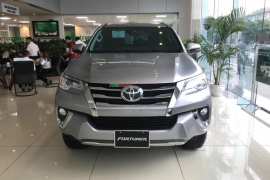 Toyota Fortuner 2.4 4x2 AT 2019