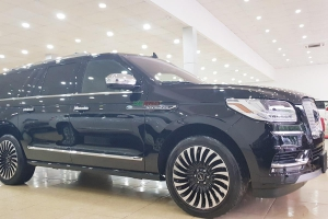 Lincoln Navigator Black Label 2018 Đen Nâu