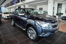 Mazda BT-50 2.2 LUXURY 2WD