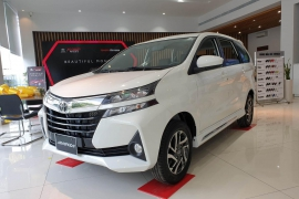 Toyota Avanza AT