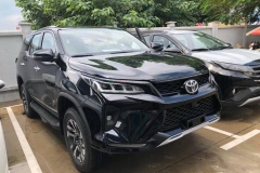 Toyota Fortuner LEGENDER 2.4AT 4X2